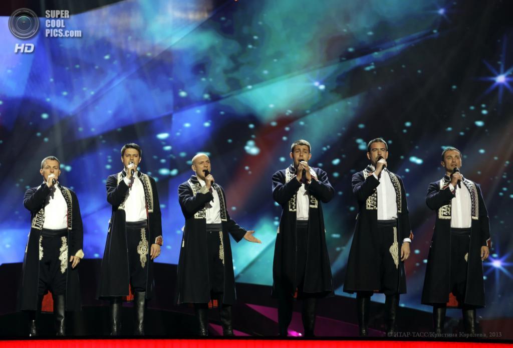 Швеция. Мальме. 14 мая. Представители от Хорватии группа Klapa Ensemble во время репетиции на Международном песенном конкурсе «Евровидение-2013» на сцене Malmo Arena. (ИТАР-ТАСС/Кристина Королева)