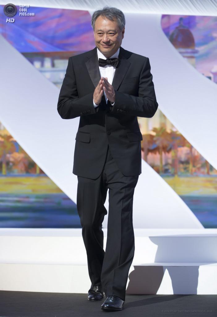 Франция. Канны. 15 мая. Член жюри, тайваньский режиссер Энг Ли на церемонии открытия 66-го Каннского кинофестиваля. (EPA/ИТАР-ТАСС/IAN LANGSDON)