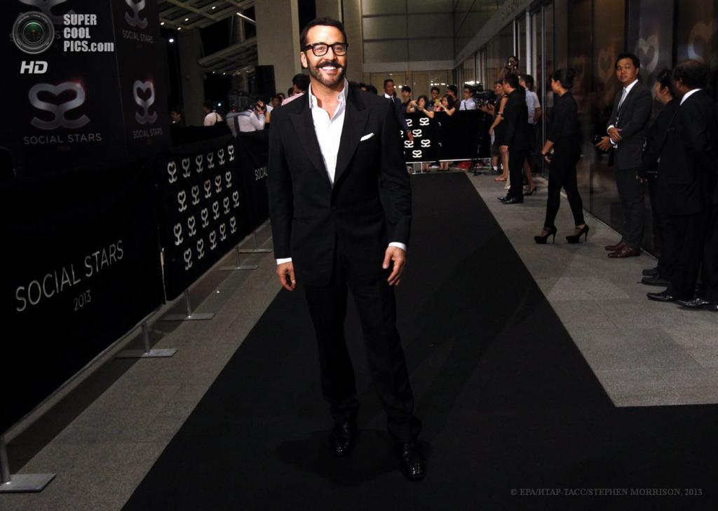Сингапур. 23 мая. Американский актер Джереми Пивен на 5-й церемонии вручения премии Social Star Awards. (EPA/ИТАР-ТАСС/STEPHEN MORRISON)