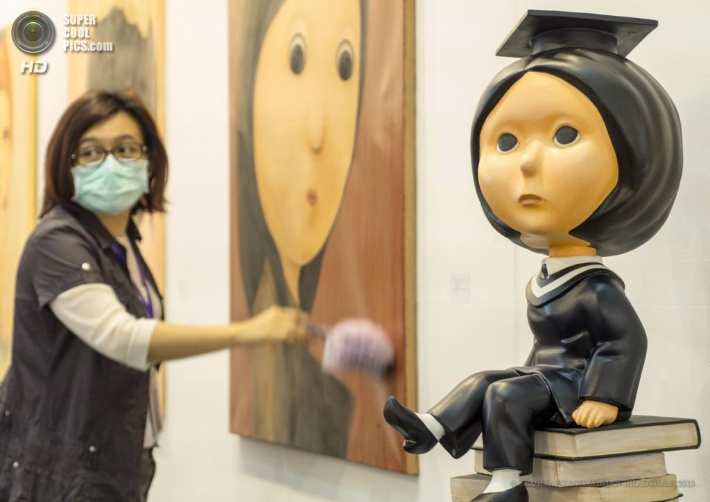 Китай. Пекин. Работы тайского художника Лин Чиа Хунга . (EPA/ИТАР-ТАСС/ADRIAN BRADSHAW)