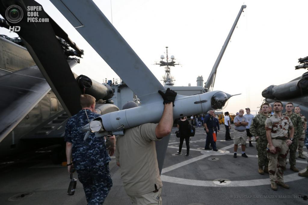 Персидский залив. 13 мая. Международные военные учения IMCMEX-13. (EPA/ИТАР-ТАСС/MAZEN MAHDI)