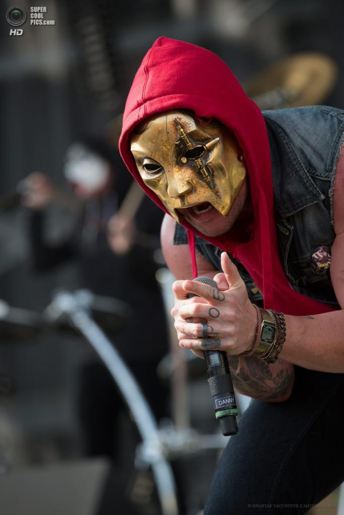 США. Колумбус, Огайо. 19 мая. Выступление группы Hollywood Undead. (EPA/ИТАР-ТАСС/STEVE C.MITCHELL)