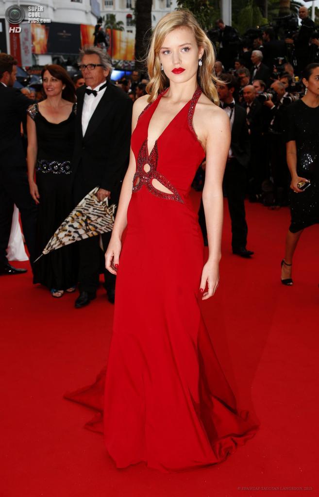 Франция. Канны. 15 мая. Британская модель Джорджия Мэй Джаггер на церемонии открытия 66-го Каннского кинофестиваля. (EPA/ИТАР-ТАСС/IAN LANGSDON)