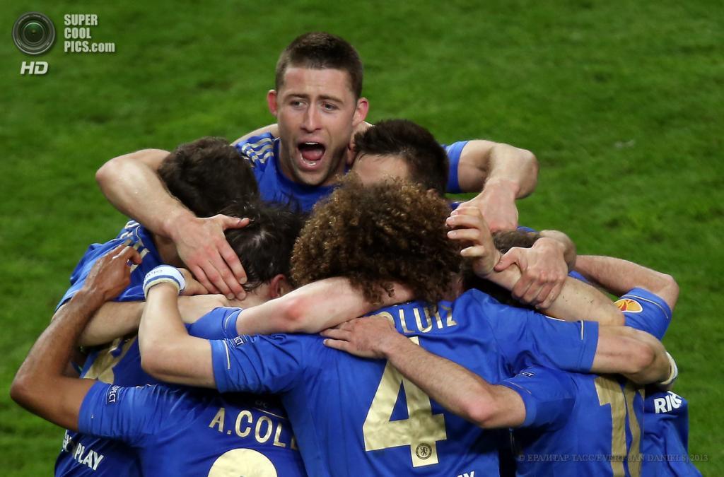 Нидерланды. Амстердам. 15 мая. Финал Лиги Европы УЕФА между лиссабонской «Бенфикой» и лондонским «Челси». (EPA/ИТАР-ТАСС/EVERT-JAN DANIELS)
