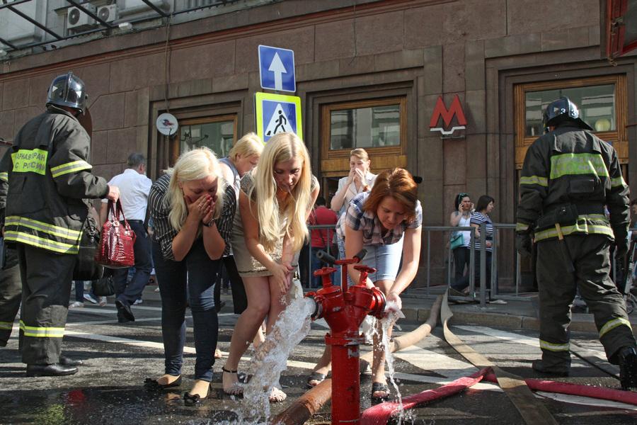 Пожар в московском метро (13 фото)