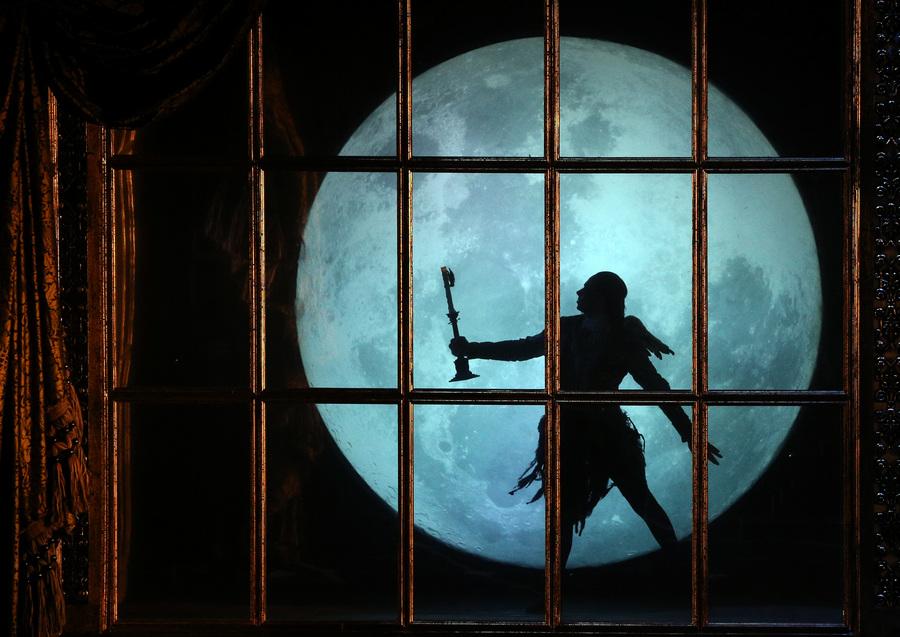 «Спящая красавица» Боурна на сцене Театра им. Моссовета (9 фото)
