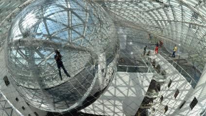 «На орбите» Томаса Сарасено (5 фото)
