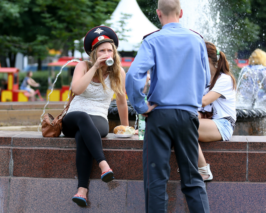Рекордная жара в Москве (10 фото)