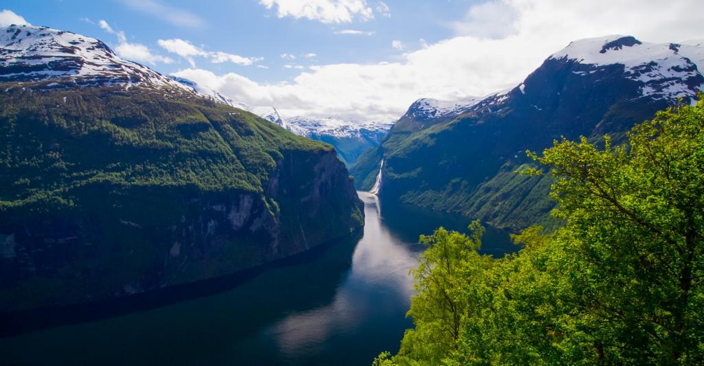 Чудо природы: Норвежские фьорды (10 фото)
