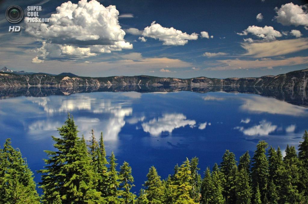 США. Орегон. Озеро Крейтер. Наибольшая глубина — 594 м. (Jeffrey Johnson)