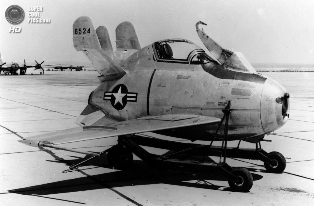Прототип McDonnell XF-85 Goblin без винглетов. (U.S. Air Force)