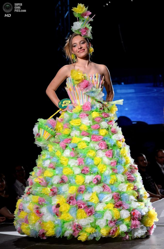 Как сделать платье из мусорных пакетов своими руками для детей