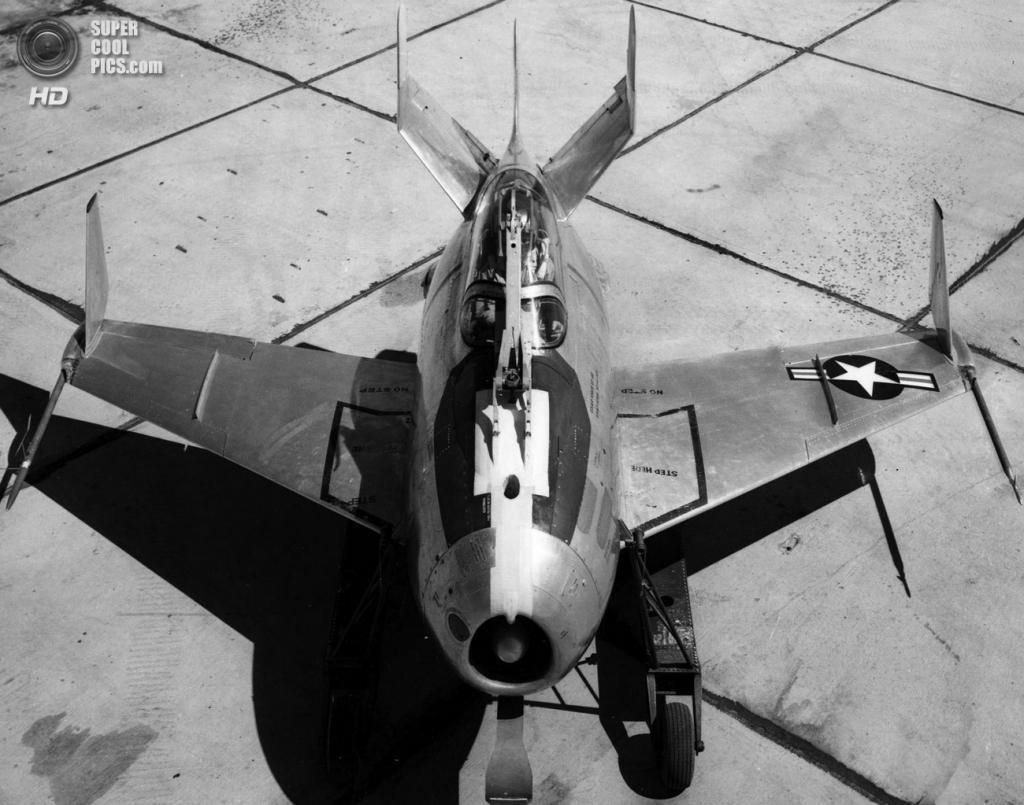Прототип McDonnell XF-85 Goblin с винглетами. (U.S. Air Force)