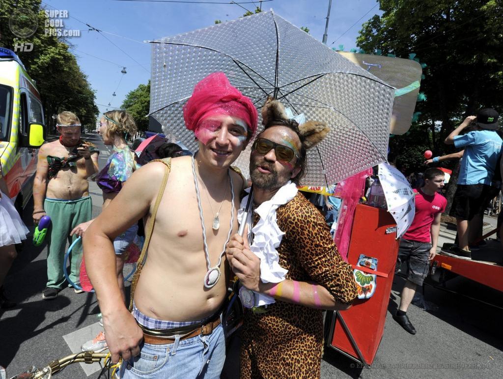 Сделали насильно геем 5 фотография