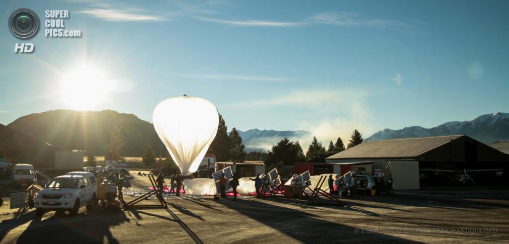 Новая Зеландия. Компания Google проводит тесты по программе «Project Loon» для обеспечения доступа к Интернету в отдаленных регионах при помощи специальных зондов. (EPA/ИТАР-ТАСС/JOHN SHENK/HANDOUT)