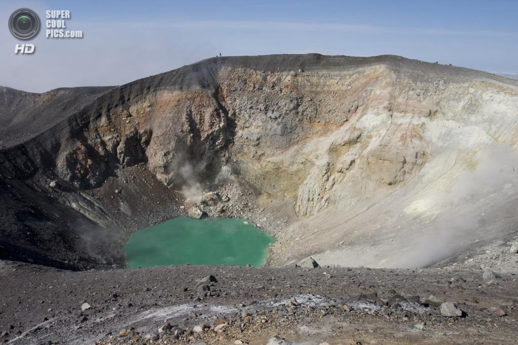 Вулкан Эбеко. Последнее извержение — 2010 год. (Rdfr)