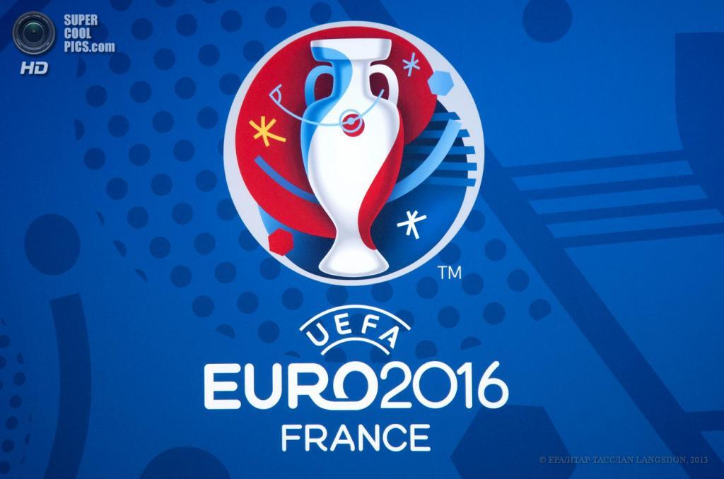 Франция. Париж. 26 июня. Логотип Евро-2016. (EPA/ИТАР-ТАСС/IAN LANGSDON)