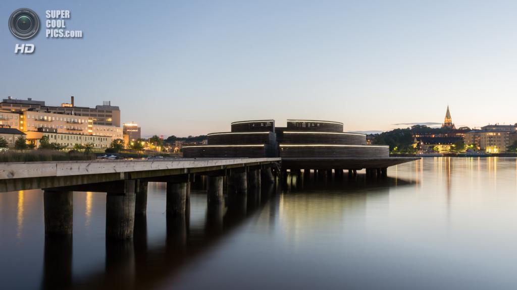 Швеция. Стокгольм. Обсерватория «Сёдра Хаммарбюхамнен», построенная по проекту архитектора Гуниллы Бандолин. (Arild Vågen)