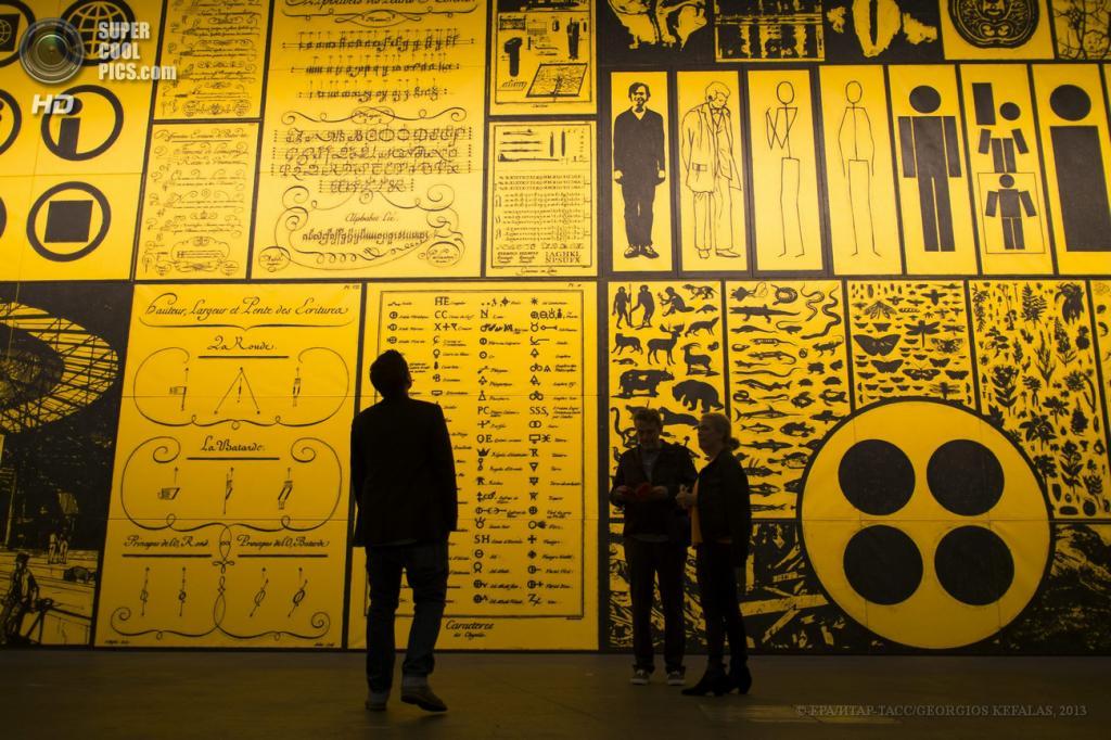 Швейцария. Базель. 10 июня. Инсталляция «Untitled (Two into One becomes Three)» американского художника Мэтта Малликана на выставке современного искусства Art Basel. (EPA/ИТАР-ТАСС/GEORGIOS KEFALAS)