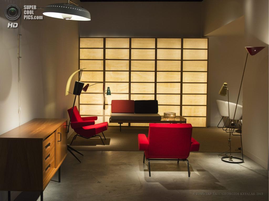 Швейцария. Базель. 13 июня. Стенд парижской галереи Pascal Cuisinier на выставке Design Miami/Basel 2013. (EPA/ИТАР-ТАСС/GEORGIOS KEFALAS)