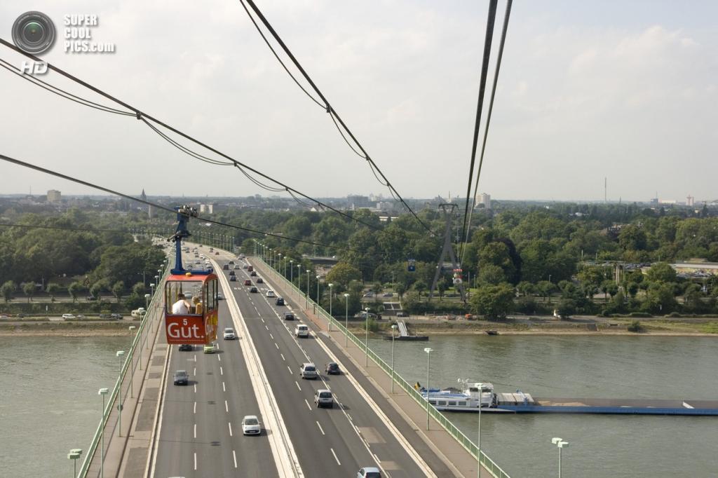 Канатная дорога в Кёльне, Германия. (Maxim75)