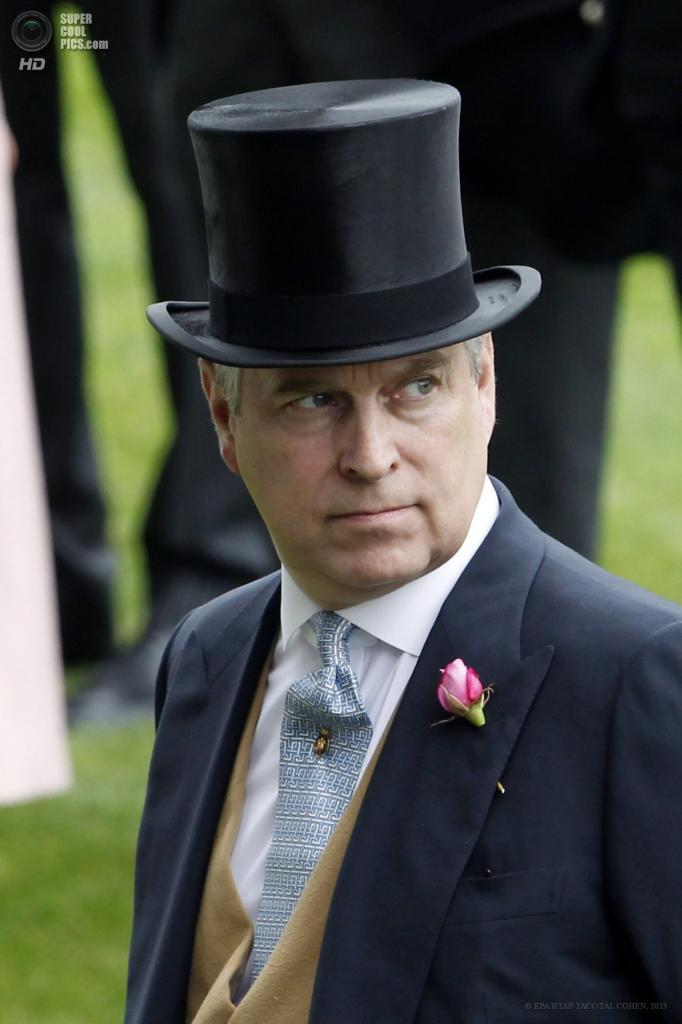 Великобритания. Аскот, Беркшир. 18 июня. Принц Эндрю на открытии «Royal Ascot». (EPA/ИТАР-ТАСС/TAL COHEN)
