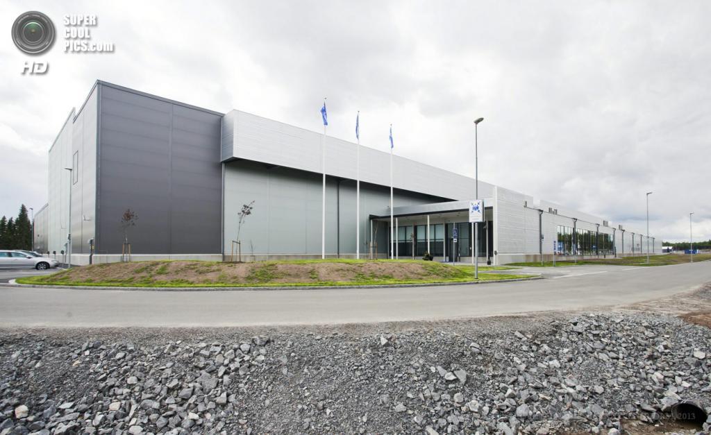 Швеция. Лулео, Норрботтен. 12 июня. Общий вид на здание нового дата-центра Facebook. (EPA/ИТАР-ТАСС/SUSANNE LINDHOLM)
