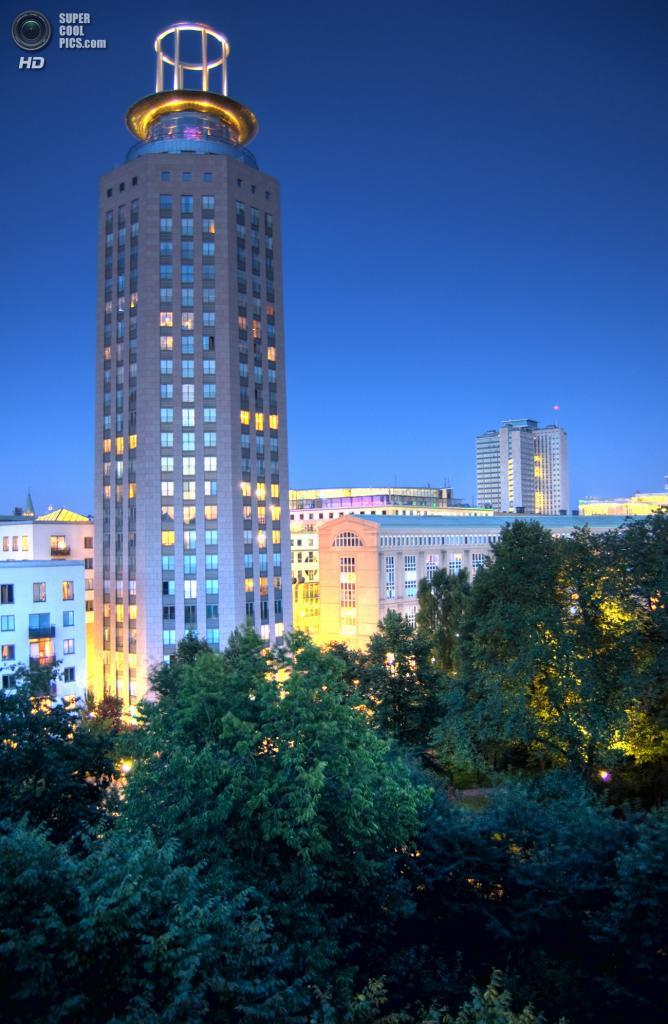 Швеция. Стокгольм. Башня Сёдер — самой высокое жилое здание города. (Jonathan Lundqvist)