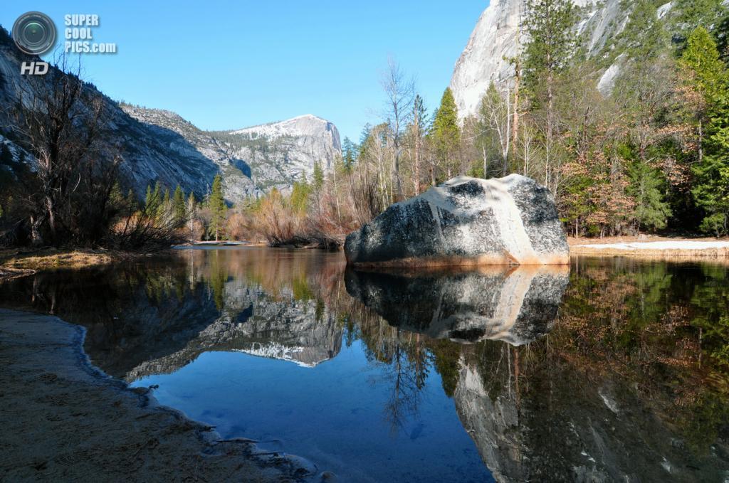 США. Калифорния. Озеро Mirror. (chensiyuan)