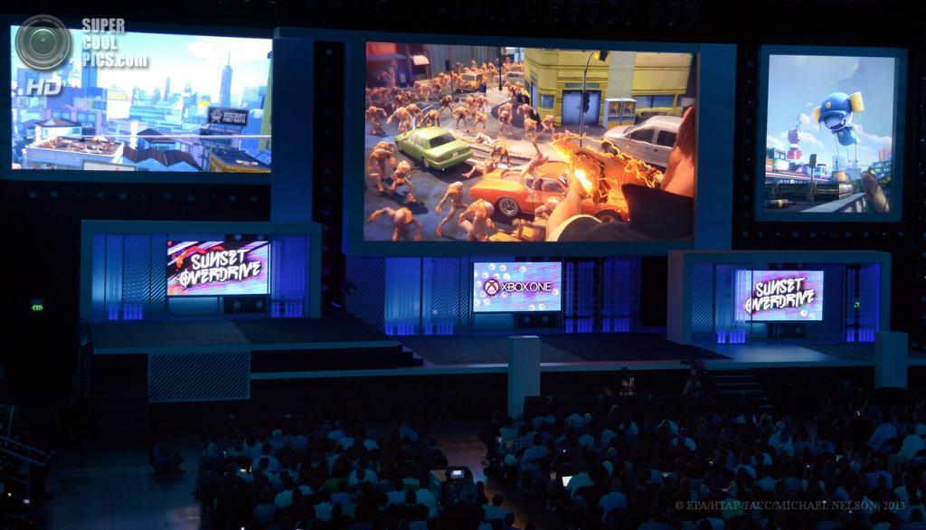 США. Лос-Анджелес, Калифорния. 10 июня. Презентация игры «Sunset Overdrive» на выставке E3 2013. (EPA/ИТАР-ТАСС/MICHAEL NELSON)