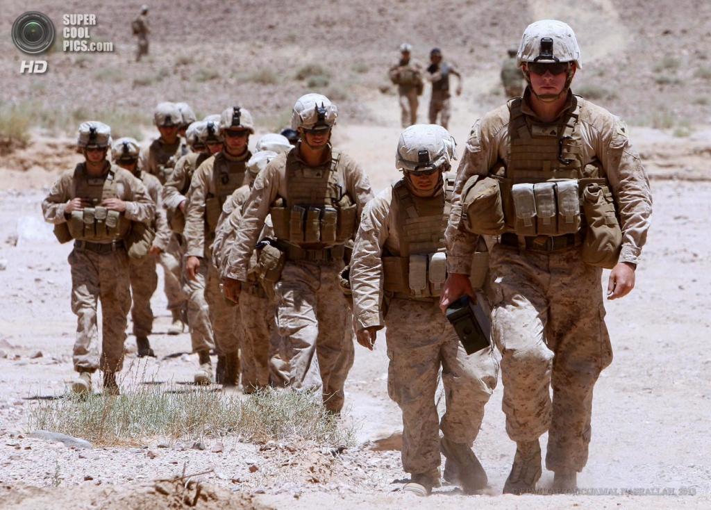Иордания. Кувейра, Маан. 16 июня. Во время совместных военных учений США и Иордании «Eager Lion». (EPA/ИТАР-ТАСС/JAMAL NASRALLAH)
