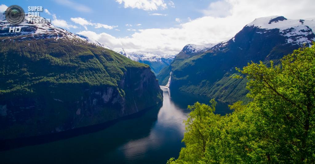Норвегия. Гейрангер-фьорд. (Håvard Fandrem)