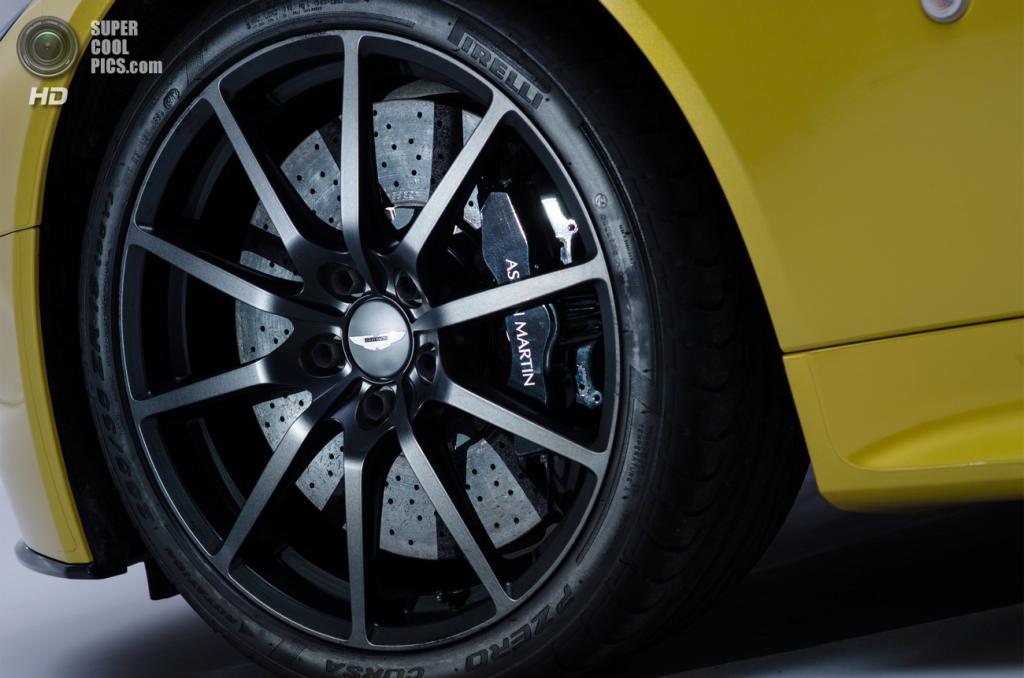 Aston Martin V12 Vantage S. (Aston Martin)