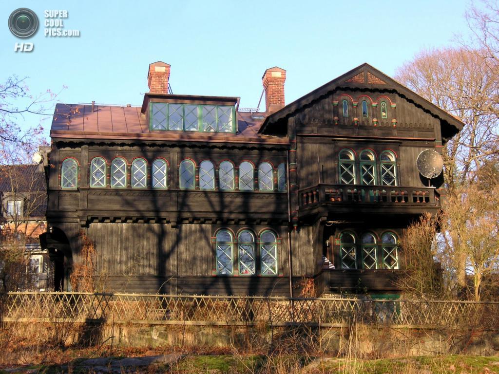 Швеция. Стокгольм. Историческая Вилла Сольхем на музейном острове Юргорден. (Holger.Ellgaard)