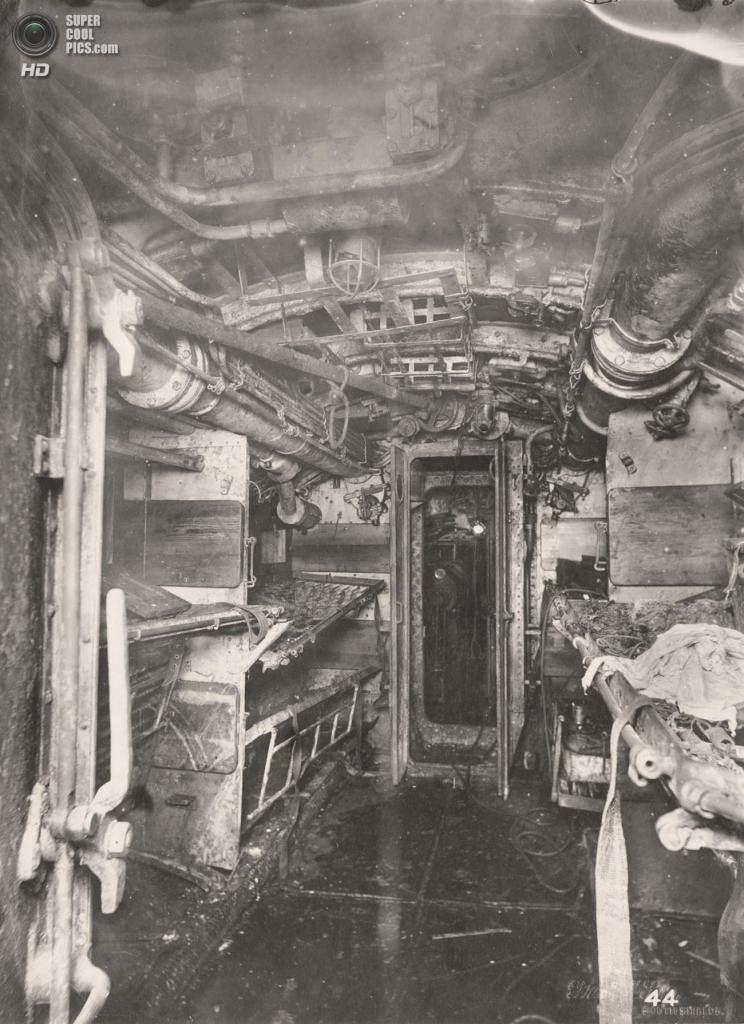 Великобритания. Уолсенд, Тайн-энд-Уир, Англия. 1918 год. Отсек №6. (Tyne & Wear Archives & Museums)