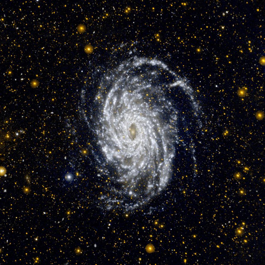 Прощание с GALEX: Большой брат Млечного Пути (5 фото + HD-видео)