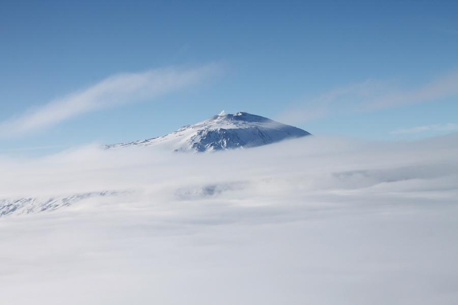 Антарктида. Вулкан Эребус. (Eli Duke)