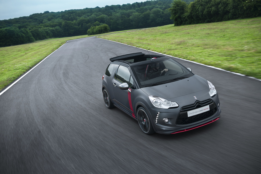 Citroёn DS3 Cabrio Racing. (Citroën)