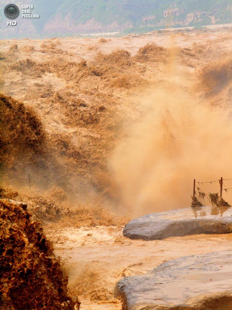 Водопад Хукоу. (Brent Ho)