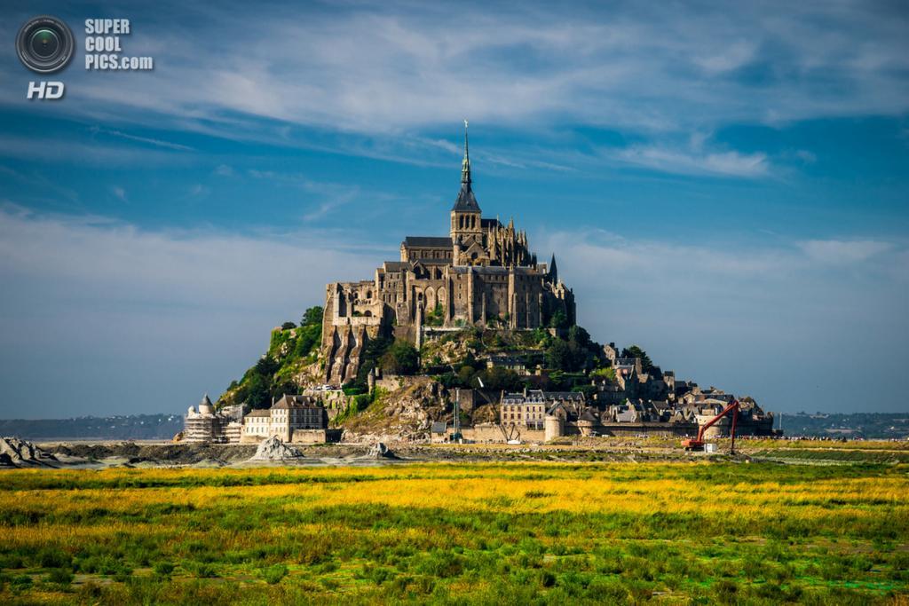 Франция. Манш, Нормандия. Остров-крепость Мон-Сен-Мишель. (David W.)