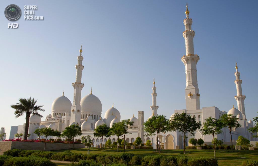 Объединённые Арабские Эмираты. Абу-Даби. Мечеть шейха Зайда. (Wilf)