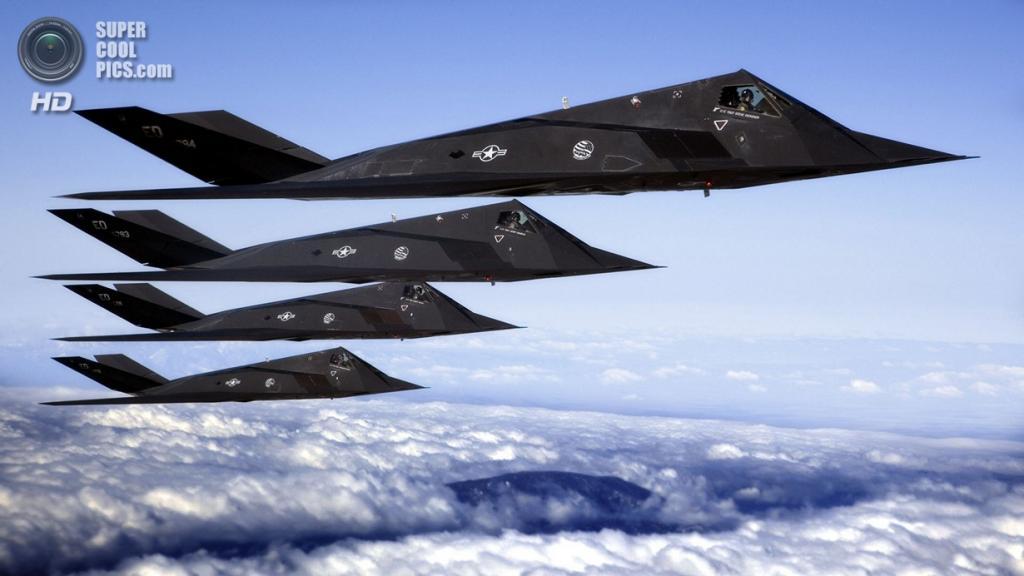 Группа Lockheed F-117 Nighthawk. (Lockheed Martin/Judson Brohmer)