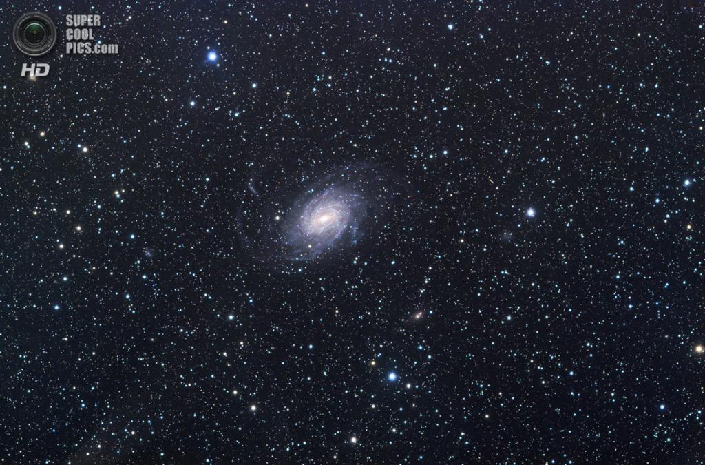 Галактика NGC 6744. (Michael Sidonio)