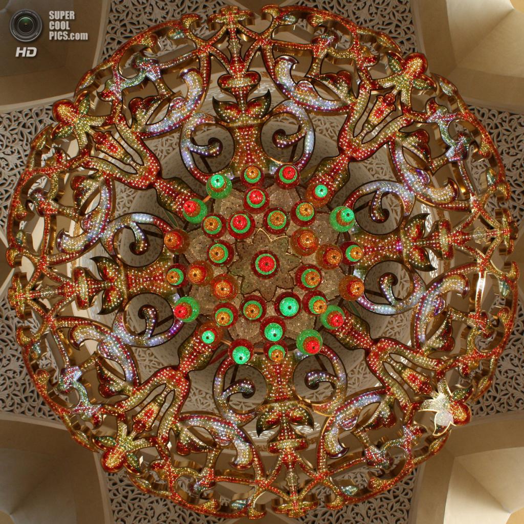 Объединённые Арабские Эмираты. Абу-Даби. Мечеть шейха Зайда. (Tanya Hart)