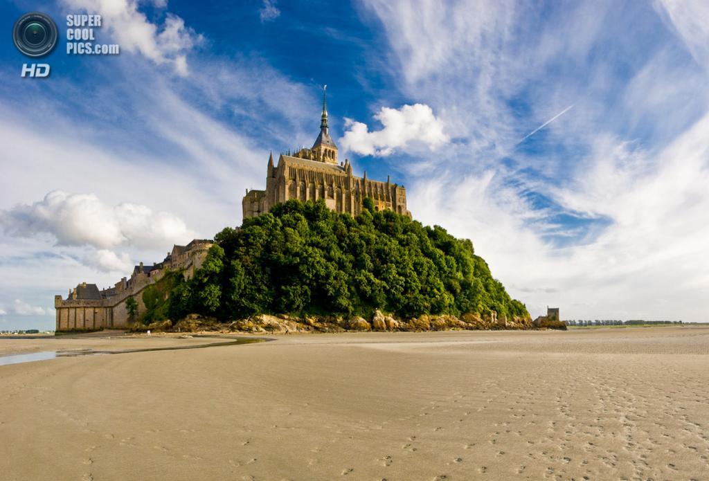 Франция. Манш, Нормандия. Остров-крепость Мон-Сен-Мишель. (Niklas Hjelm)