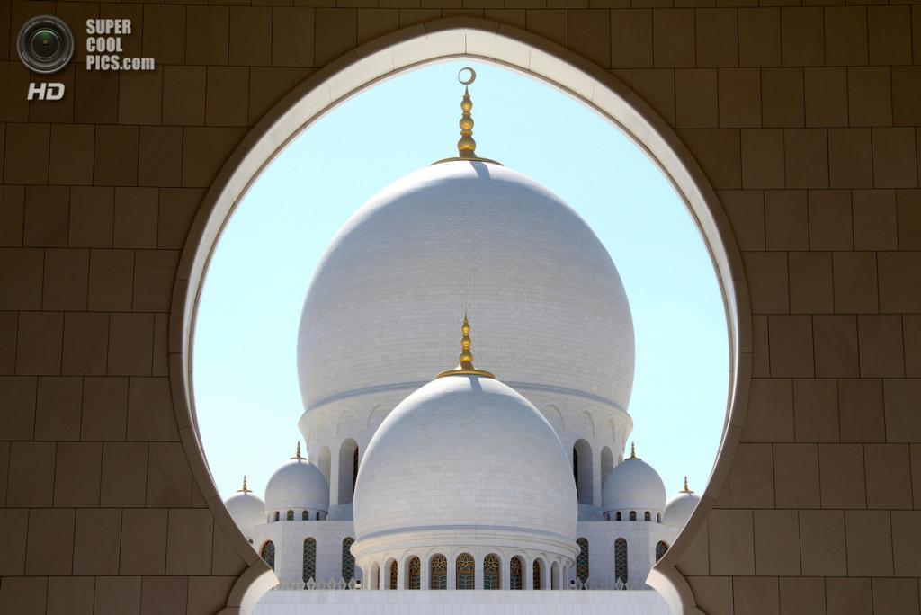 Объединённые Арабские Эмираты. Абу-Даби. Мечеть шейха Зайда. (Helga Haraldsdóttir)