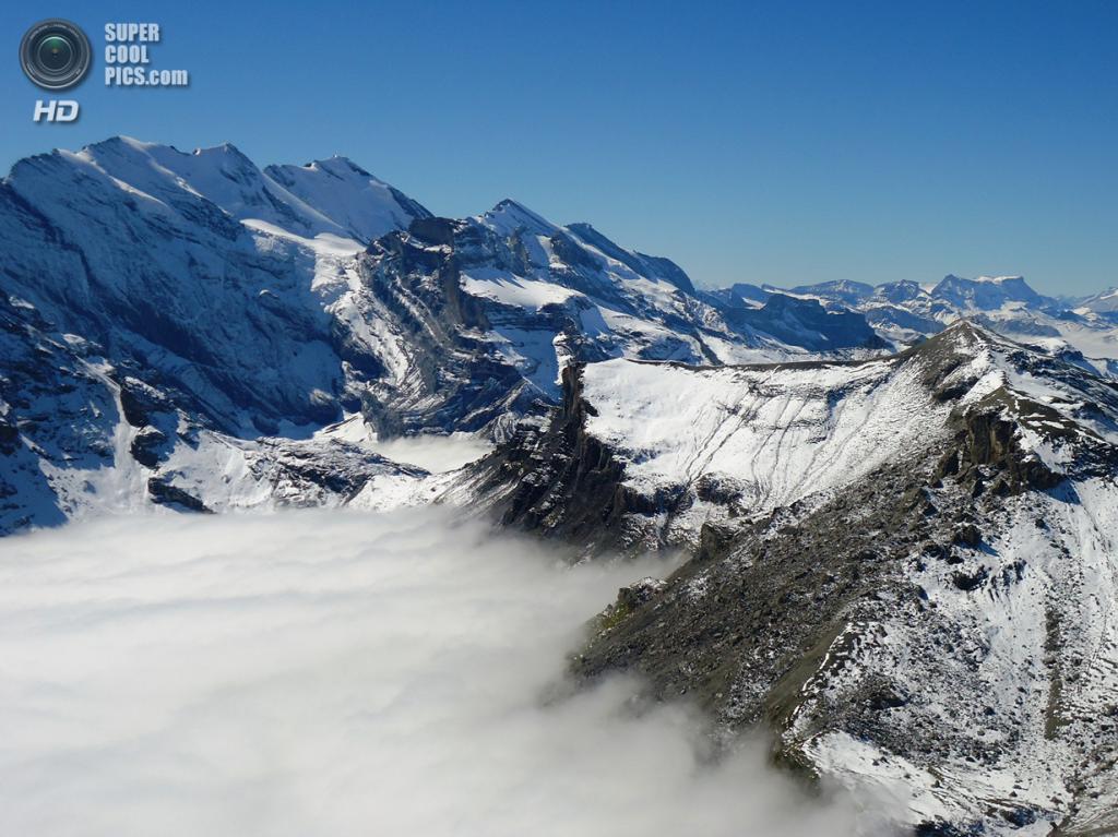 Вид с вершины Шилтхорн. (Neena2504)