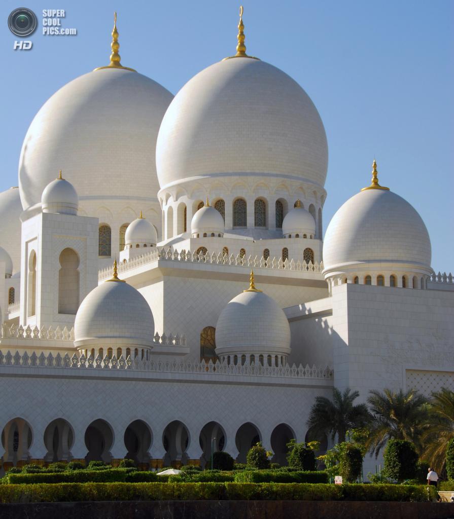 Объединённые Арабские Эмираты. Абу-Даби. Мечеть шейха Зайда. (Paolo Rosa)