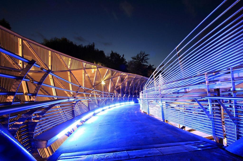 Австрийский мост-остров (10 фото)