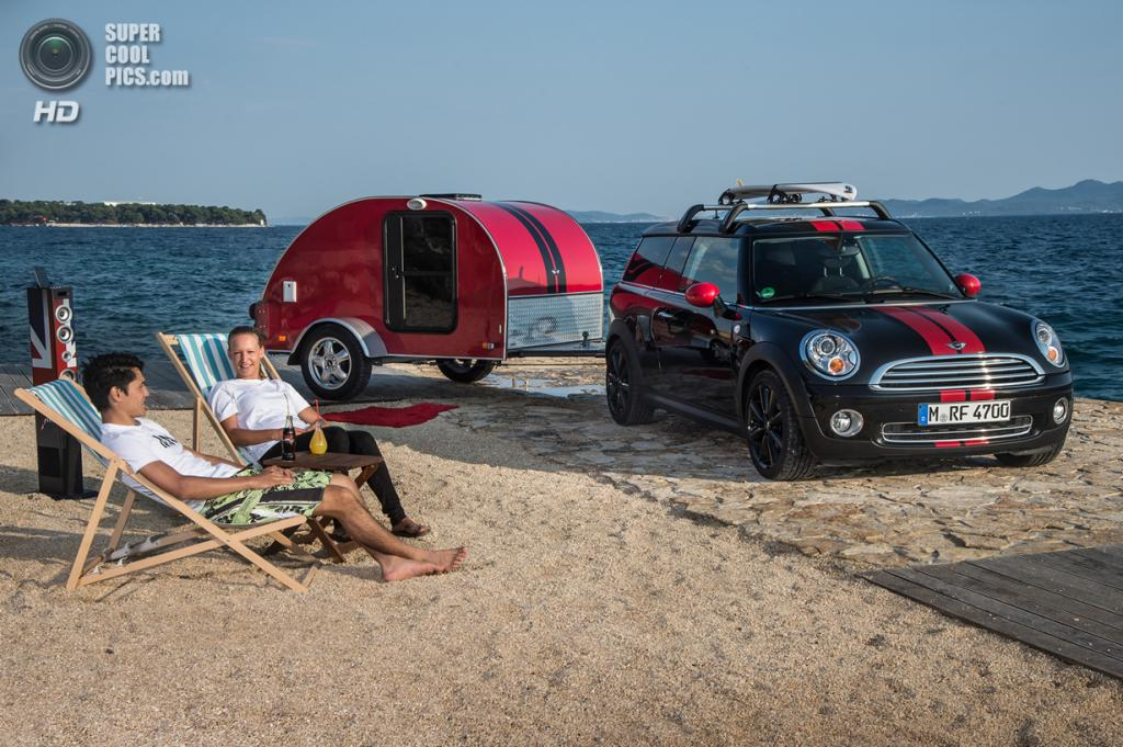 MINI Cowley Caravan. (BMW AG/MINI)